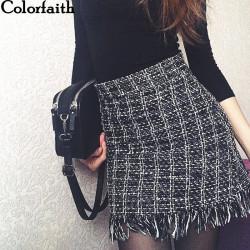 Hermosa Mini Falda de Lana...