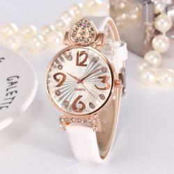 Reloj de cuero para mujeres...