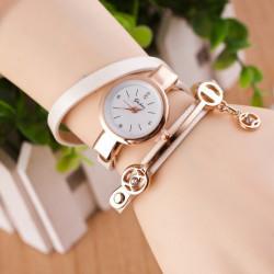 Reloj tipo pulsera con...